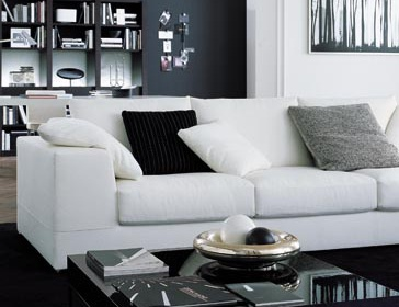 couchtisch miller mit rahmen aus metall meridiani luxuryfurniture mr. Black Bedroom Furniture Sets. Home Design Ideas